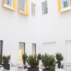 Отель Motel One Wien-Staatsoper Австрия, Вена - 1 отзыв об отеле, цены и фото номеров - забронировать отель Motel One Wien-Staatsoper онлайн балкон