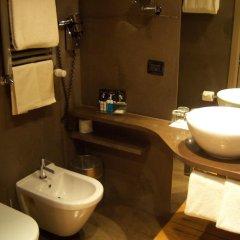 Отель The Hub Hotel Италия, Милан - 9 отзывов об отеле, цены и фото номеров - забронировать отель The Hub Hotel онлайн ванная