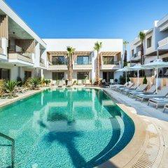 Отель Pefki Deluxe Residences Греция, Пефкохори - отзывы, цены и фото номеров - забронировать отель Pefki Deluxe Residences онлайн бассейн фото 2