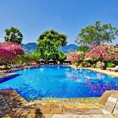 Отель Matahari Beach Resort & Spa бассейн фото 2