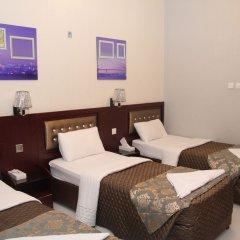 Al Sabkha Hotel комната для гостей