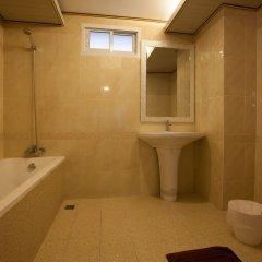 Отель The Train Resort ванная фото 2