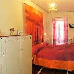 Отель B&B La Meridiana сейф в номере