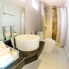 Отель My Place Phuket Airport Mansion ванная