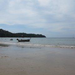 ChillHub Hostel Phuket пляж
