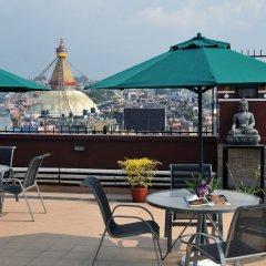 Отель Tibet International Непал, Катманду - отзывы, цены и фото номеров - забронировать отель Tibet International онлайн бассейн