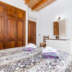 Отель Can Berguins комната для гостей фото 5