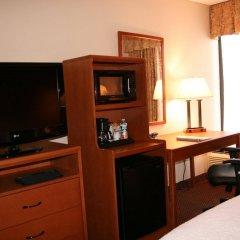Отель Hampton Inn Newark Airport США, Элизабет - отзывы, цены и фото номеров - забронировать отель Hampton Inn Newark Airport онлайн удобства в номере