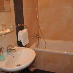 Отель Lions Plzen Пльзень ванная фото 2