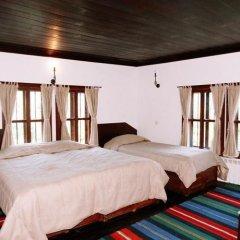 Отель Parlapanova Guest House - Pool Access Боженци комната для гостей фото 5