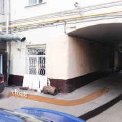 HQ Hostel Москва парковка фото 2