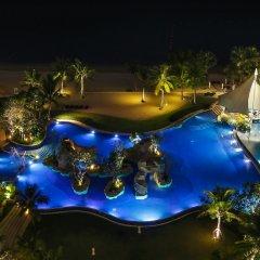 Отель White Sand Beach Residences Pattaya бассейн