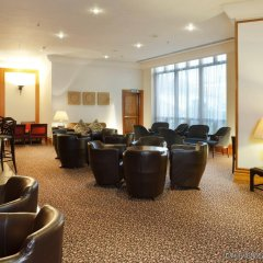 Отель Holiday Inn London Kings Cross / Bloomsbury интерьер отеля