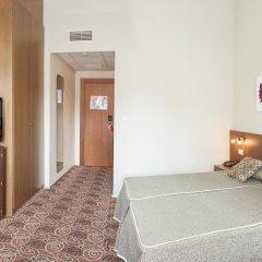 Отель RH Royal - Adults Only Испания, Бенидорм - отзывы, цены и фото номеров - забронировать отель RH Royal - Adults Only онлайн комната для гостей фото 4