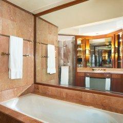 Отель Sheraton Imperial Kuala Lumpur Hotel Малайзия, Куала-Лумпур - 1 отзыв об отеле, цены и фото номеров - забронировать отель Sheraton Imperial Kuala Lumpur Hotel онлайн ванная
