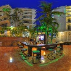 Отель Alba Suites Acapulco гостиничный бар
