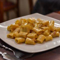 The Yellow - Hostel питание