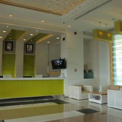 Jasmine Resort Hotel & Serviced Apartment интерьер отеля