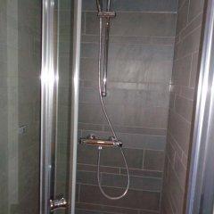 Отель Brxxl 5 City Centre Hostel Бельгия, Брюссель - 2 отзыва об отеле, цены и фото номеров - забронировать отель Brxxl 5 City Centre Hostel онлайн ванная фото 2