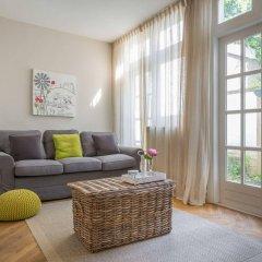 Апартаменты Nieuwmarkt Waag apartments комната для гостей фото 4