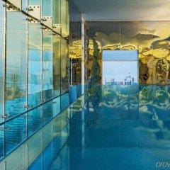 Отель Four Points by Sheraton Kuwait бассейн