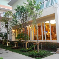 Отель U-tiny Boutique Home Suvarnabh Бангкок вид на фасад