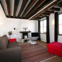 Апартаменты My Apartment in Paris Louvre комната для гостей фото 5