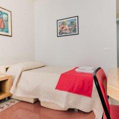 Отель Adriano Augusto B&B комната для гостей фото 4