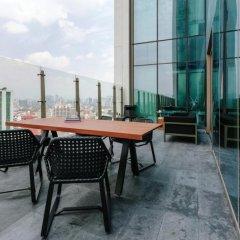 Отель Embassy Suites Mexico City Reforma Мехико терраса/патио