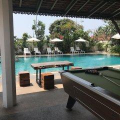 Отель Heaven Hill Pool Villa Pattaya бассейн