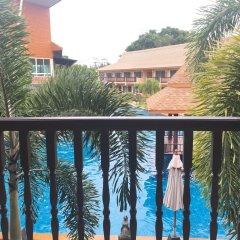 Отель Chivatara Resort & Spa Bang Tao Beach Таиланд, Пхукет - отзывы, цены и фото номеров - забронировать отель Chivatara Resort & Spa Bang Tao Beach онлайн балкон