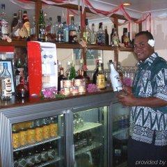 Отель Grand Eastern Hotel Фиджи, Лабаса - отзывы, цены и фото номеров - забронировать отель Grand Eastern Hotel онлайн гостиничный бар