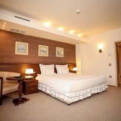Hotel Vega Sofia сейф в номере