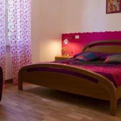 Отель Laxmi Guesthouse B&B Италия, Генуя - отзывы, цены и фото номеров - забронировать отель Laxmi Guesthouse B&B онлайн комната для гостей фото 2