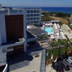 Evalena Beach Hotel парковка