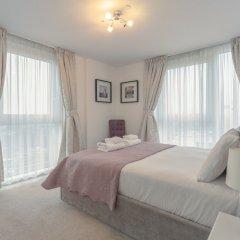 Отель 1 Bedroom Flat in Surrey Quays With Balcony Великобритания, Лондон - отзывы, цены и фото номеров - забронировать отель 1 Bedroom Flat in Surrey Quays With Balcony онлайн комната для гостей фото 3