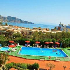 Отель Residence Villa Giardini Джардини Наксос бассейн фото 2