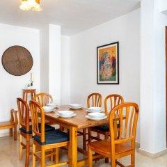 Апартаменты Excellent Apartment with Pool and View Ref 138 Фуэнхирола в номере
