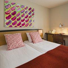 Отель Hôtel Paris Louis Blanc - Paris 10 комната для гостей фото 2