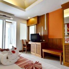 Отель First Bungalow Beach Resort комната для гостей