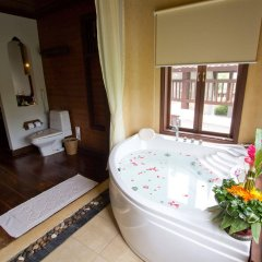 Отель Muang Samui Spa Resort Таиланд, Самуи - отзывы, цены и фото номеров - забронировать отель Muang Samui Spa Resort онлайн ванная
