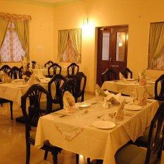 Отель WelcomHeritage Sirsi Haveli питание фото 2