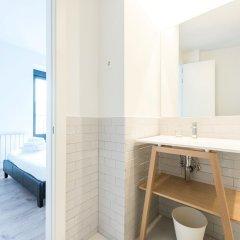Отель Puerta De Toledo Испания, Мадрид - 9 отзывов об отеле, цены и фото номеров - забронировать отель Puerta De Toledo онлайн ванная фото 2