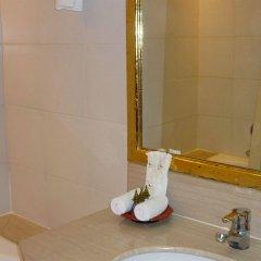 Отель Mercure Mandalay Hill Resort ванная