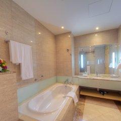 Отель The leela Hotel ОАЭ, Дубай - 1 отзыв об отеле, цены и фото номеров - забронировать отель The leela Hotel онлайн ванная
