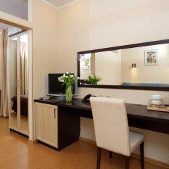 Гостиница Невский Бриз 3* Стандартный номер с двуспальной кроватью фото 3
