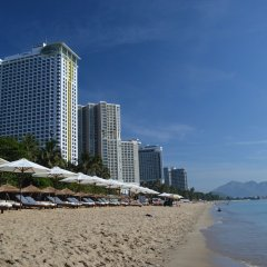 Nam Phuong Hotel пляж