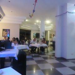 Отель La Maison Hotel Иордания, Вади-Муса - отзывы, цены и фото номеров - забронировать отель La Maison Hotel онлайн питание фото 2