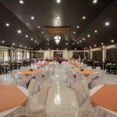 Отель Luckswan Resort питание
