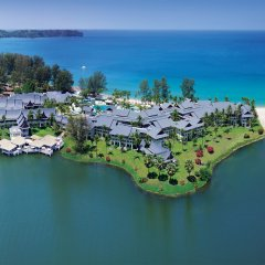 Отель Outrigger Laguna Phuket Beach Resort Таиланд, Пхукет - 8 отзывов об отеле, цены и фото номеров - забронировать отель Outrigger Laguna Phuket Beach Resort онлайн приотельная территория
